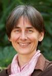 Dr Martina Calais